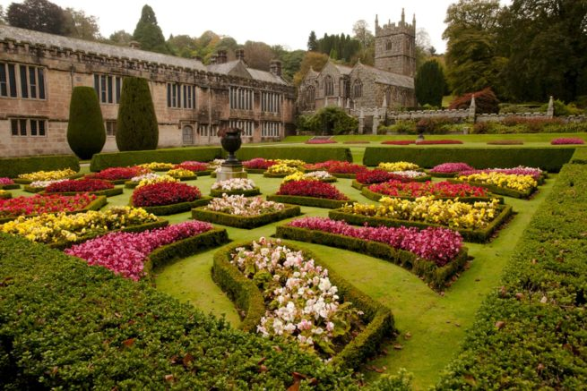 Lanhydrock-House-and-Gardens